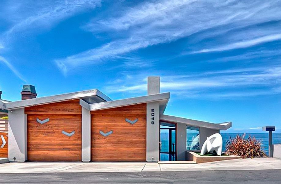 Gull House in Laguna Beach California - complete residential luxury beachfront home by Wood Art Design