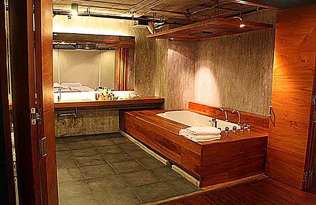 Chiang Mai Thailand Penthouse Wood Art Design