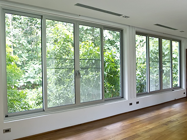 Aluminum windows unlimited in design size and usage for Metal windows